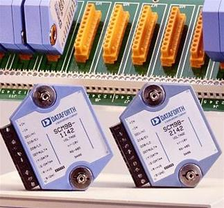 SCM9B-41xx Voltage Output Module